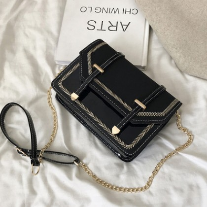 Women Korean Fashion  New Wave Chain Sling Small Square Retro Bag
