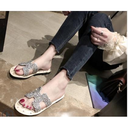 Women Korean Fashion  Flat Wear Rhinestone Drag Slippers