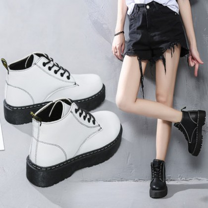 Women Korean Trend New British Wild Lace Up Martin Boots