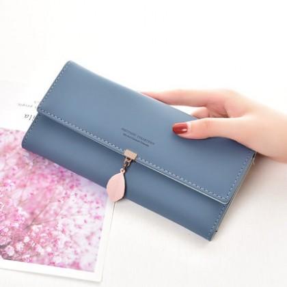 Women Leaf Design Long  Casual Wallet