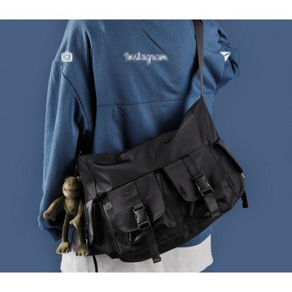 Men Large-capacity Canvas Casual Shoulder Bag