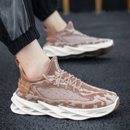 Men Breathable Mesh Flying Woven Sports Shoes