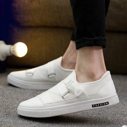 Men Canvas Buckle Design Casual Shoes