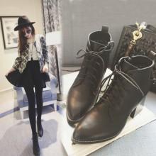 [READY STOCK] Women Cool England Zipped Martin Boots