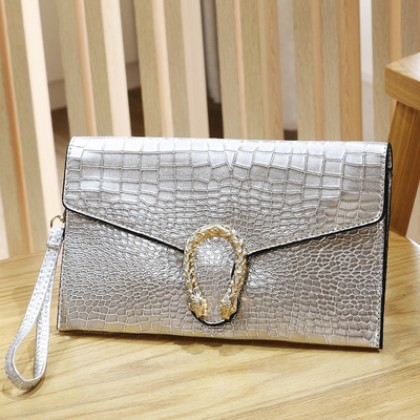 Women Crocodile Pattern Large-capacity Envelope Clutch Bag