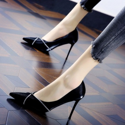 Women Summer New Shallow Mouth Stiletto Banquet Shoes