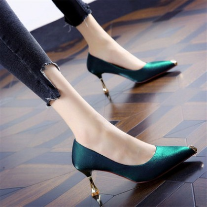 Women New Summer Stiletto Pointed Satin Shoes