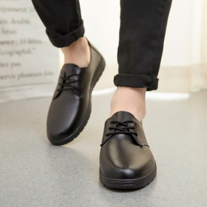 Men Non-slip Waterproof and Oil-proof Work Shoes