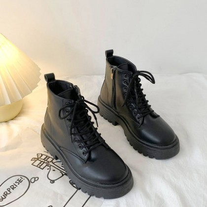 Women British Style Lace-up Leather Boots