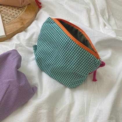 Women Simple Heart Portable Plaid Cosmetic Bag