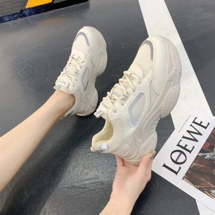 Women Lace-up Sports Trendy Sports Shoes