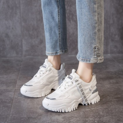 Women Casual Big Student Lace-up Sports Shoes