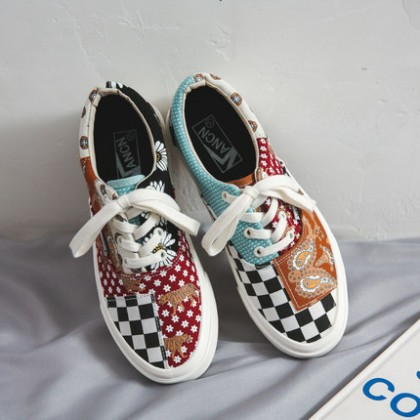Men Fashion Low Cut Colorful Plaid Canvas Shoes