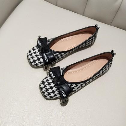 Women Fashion Plaid Bow Work Peas Shoes