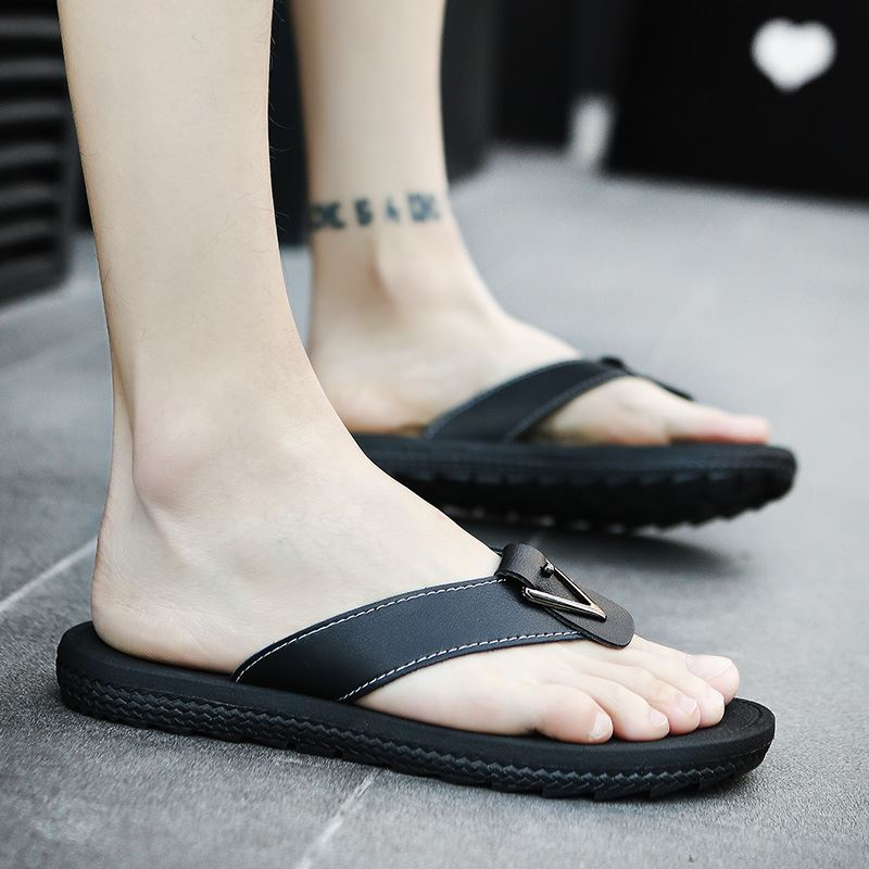 [PRE-ORDER] Men\'s Leather Slippers Summer Beach Fashion Daily Wear Flip Flops