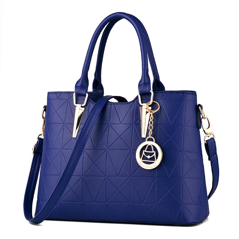 Women Classy Shoulder Bag Large Capacity Ladies Fashion Trendy Hand Shoulder Bag