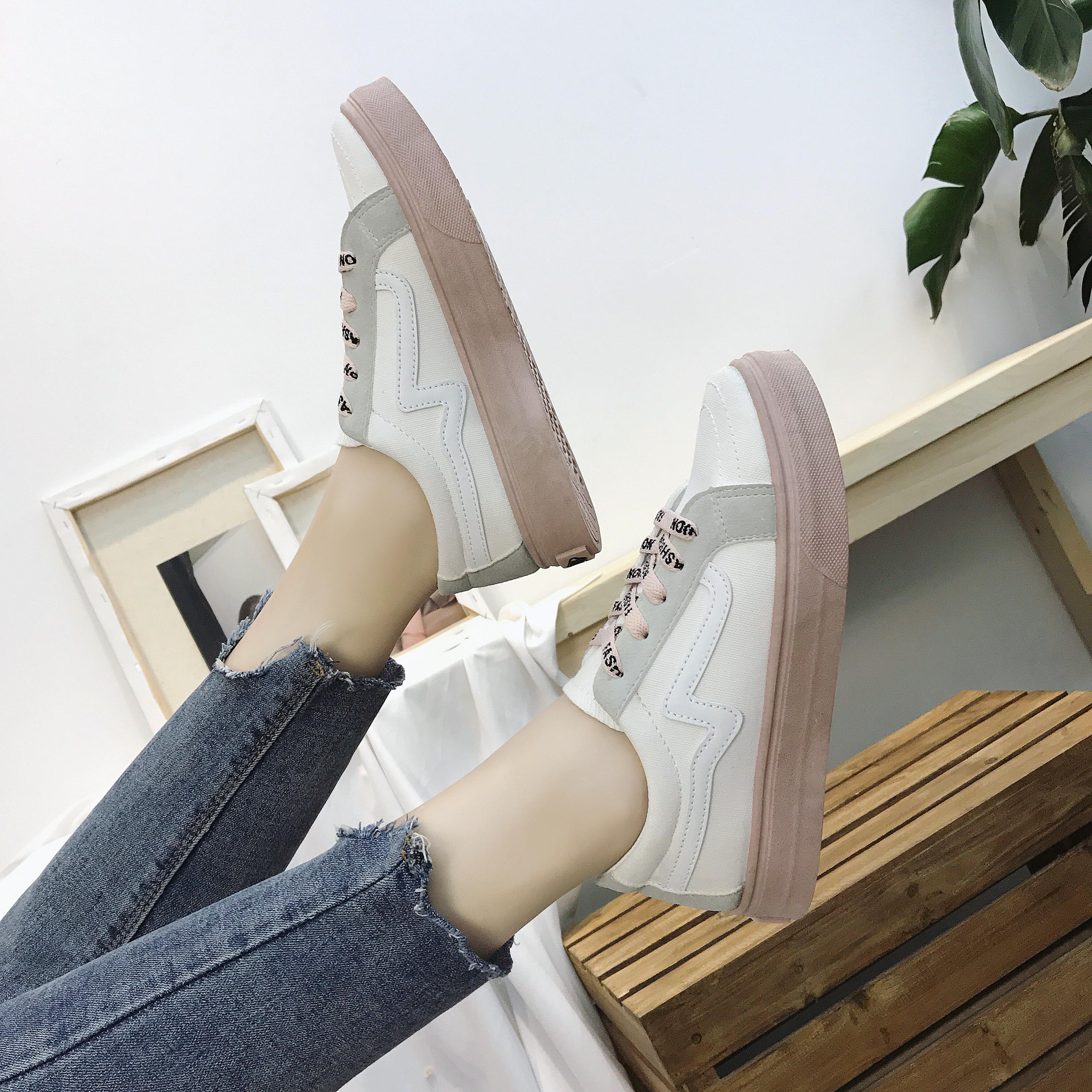 Women Retro Chic Lace Up Sneakers Ladies Street Wear Plus Size Sports Shoes