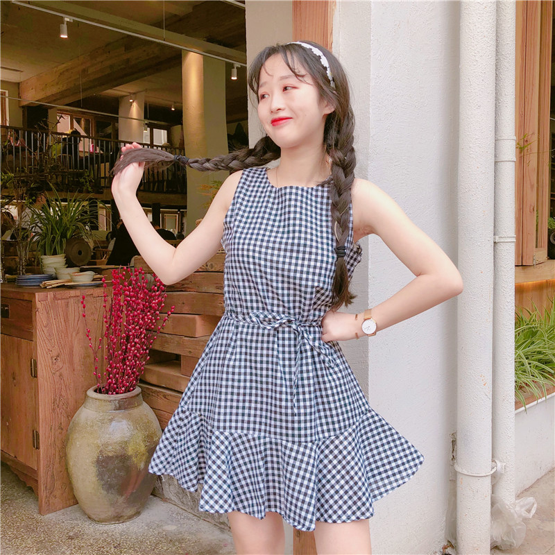 Women Plaid Mini Dress Sleeveless Ruffled Skirt Fresh Chic Fashion Summer Dress