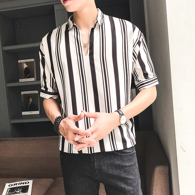 Men\'s Striped Polo Collared Half Sleeves Summer Fashion Slim Fit Male Shirts