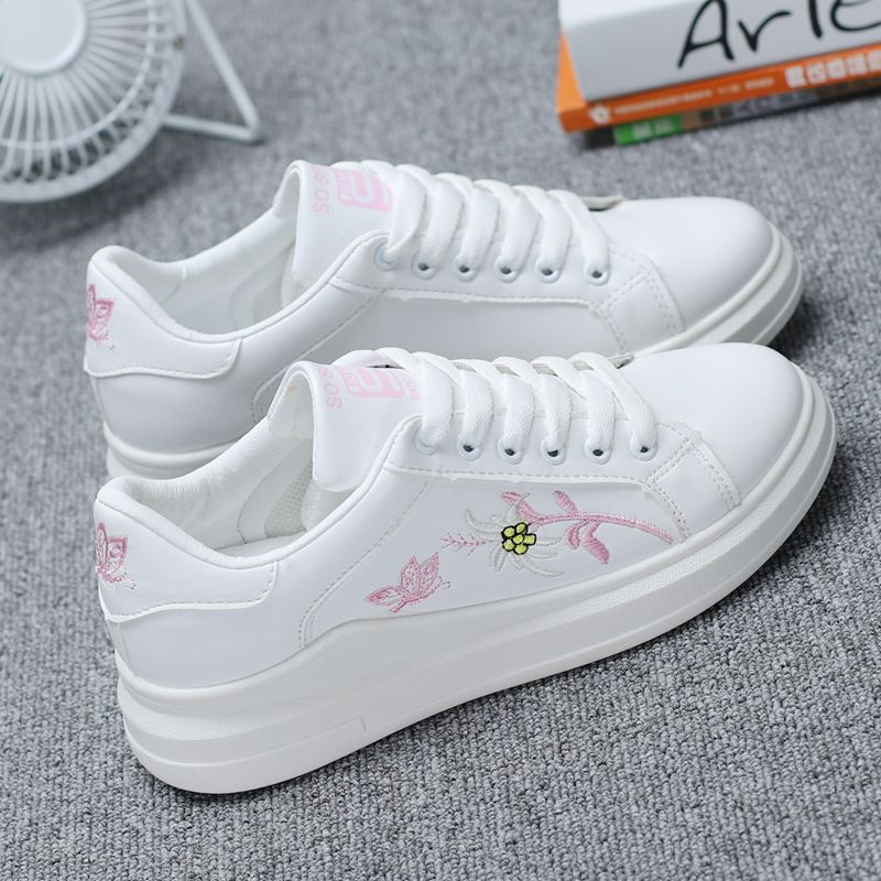 Women Classic White Sneakers Lace Up Sports Shoes Ladies Fashion Plus Size Shoes