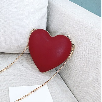 Women Korean Trend Heart Shaped Chain Mini Cosmetic Shell Bag