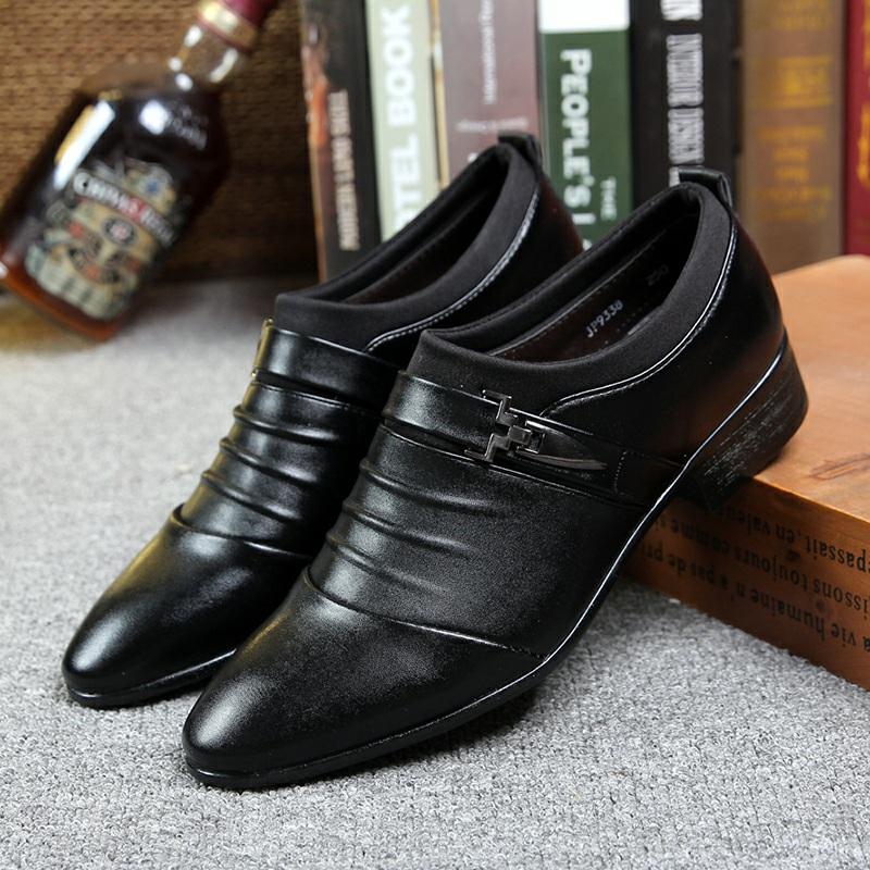 [READY STOCK] Men\'s Leather Pointed Shoes Casual Business Leisure Fashion Male Casual Shoes