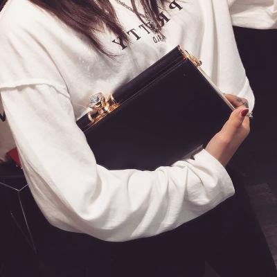 Women Korean Fashion Wild Diamond Clutch Shoulder Slung Chain Bag