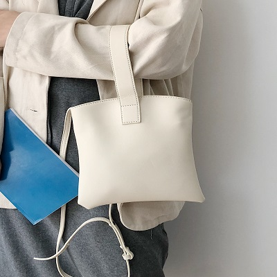 Women Diagonal Hand Strap Minimalist Fashion Mobile Purse Bag