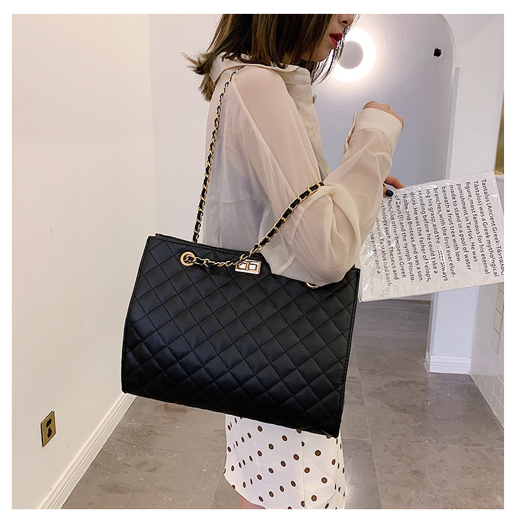 Women Large Capacity High-grade Shoulder Bag Chain